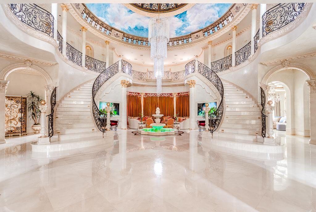 Opulent Grand Mansion Staircase Staircases Pinterest
