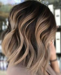 Neutral Carmel Blonde Hair Color Ideas for Short