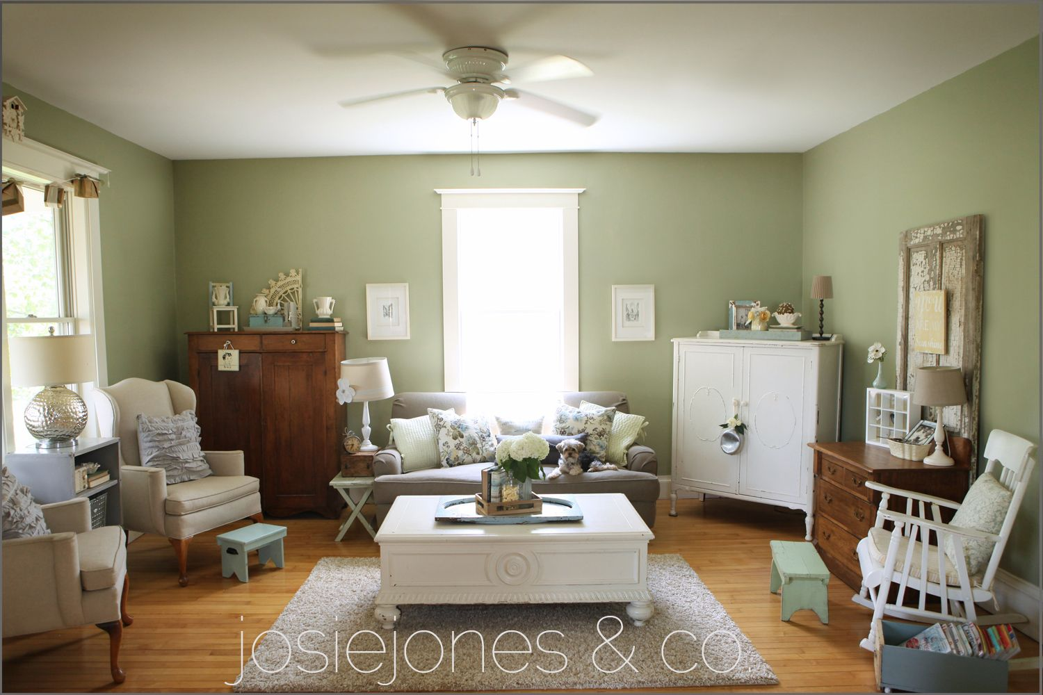 Benjamin Moore Paint Colours Living Rooms