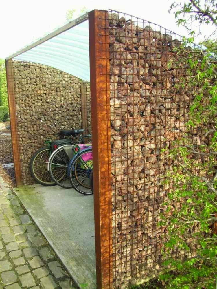 How To Use The Natural Stone Wall As Garden Fencing Panels