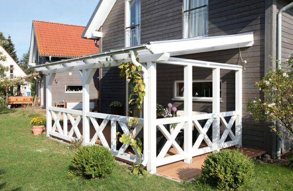 Terrassenüberdachung Aus Holz In Weiß Garten Pinterest