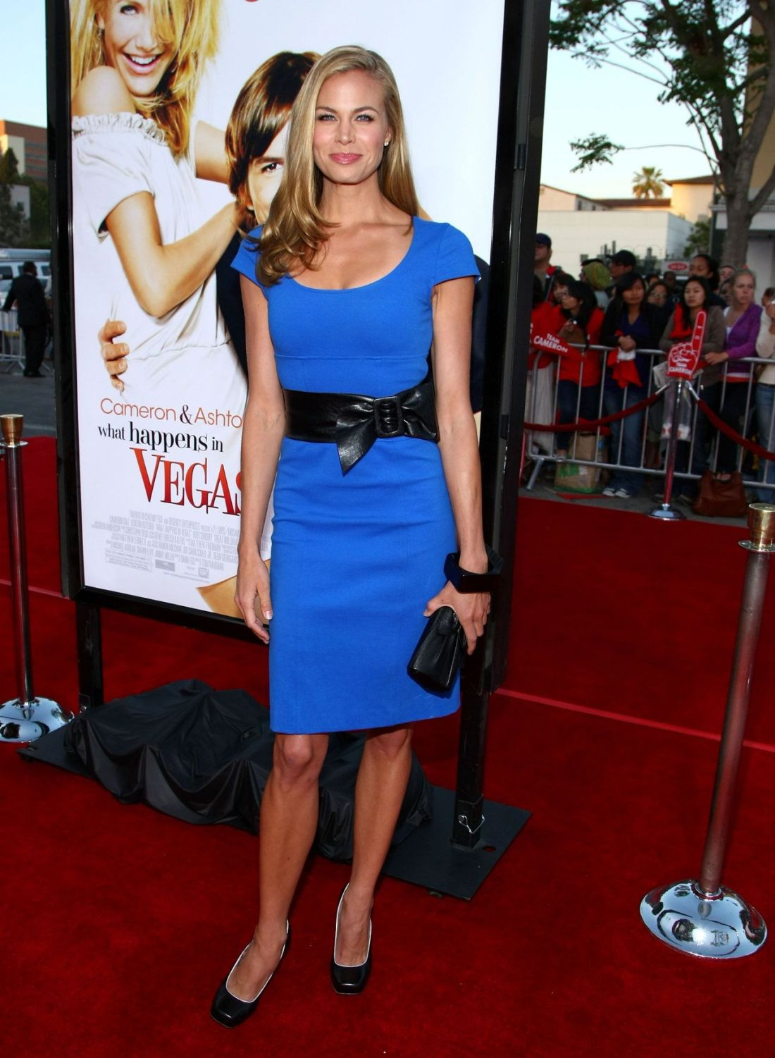Brooke burns cleavage images graphics comments and