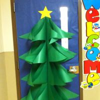 Christmas tree door decoration made with butcher paper ...
