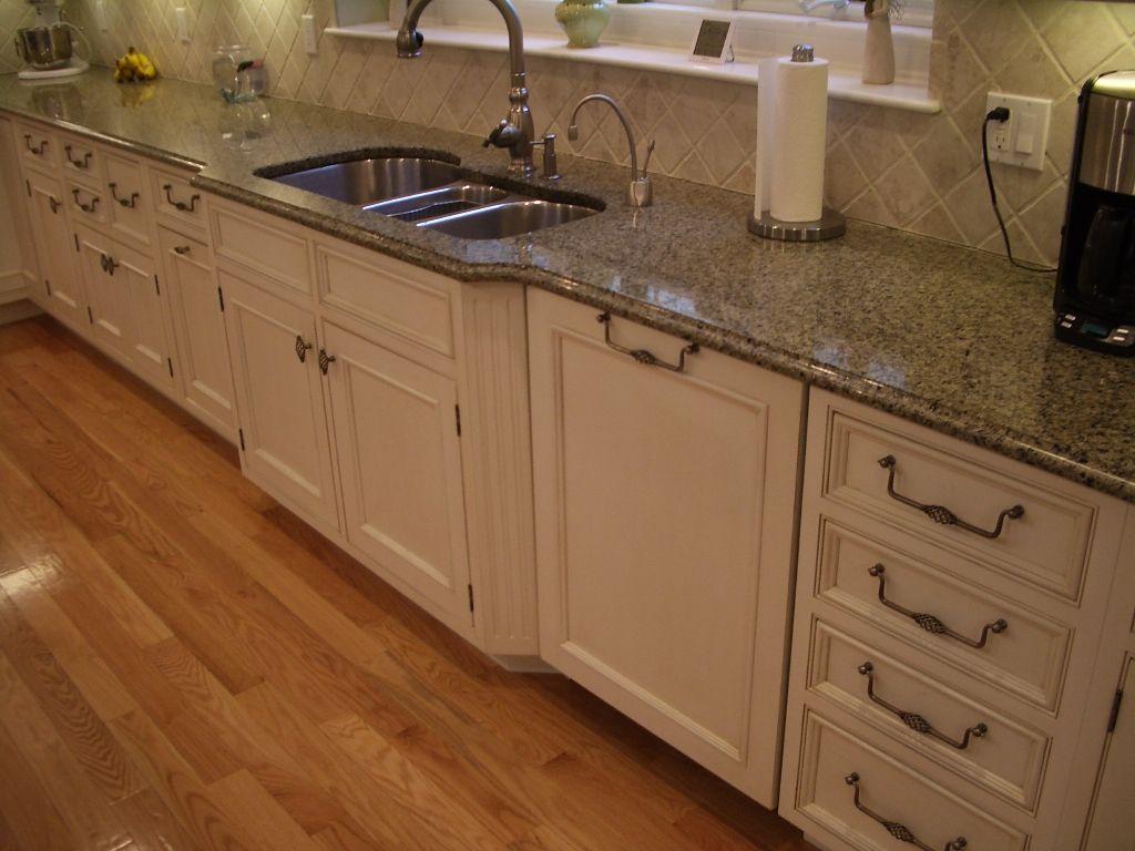 white kitchen sink undermount pink appliances cabinets