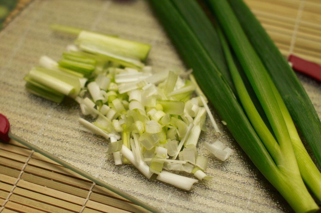 Cut leeks food nutrition and veggies