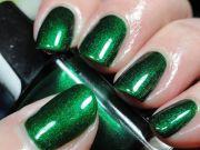 motives nail lacquer green