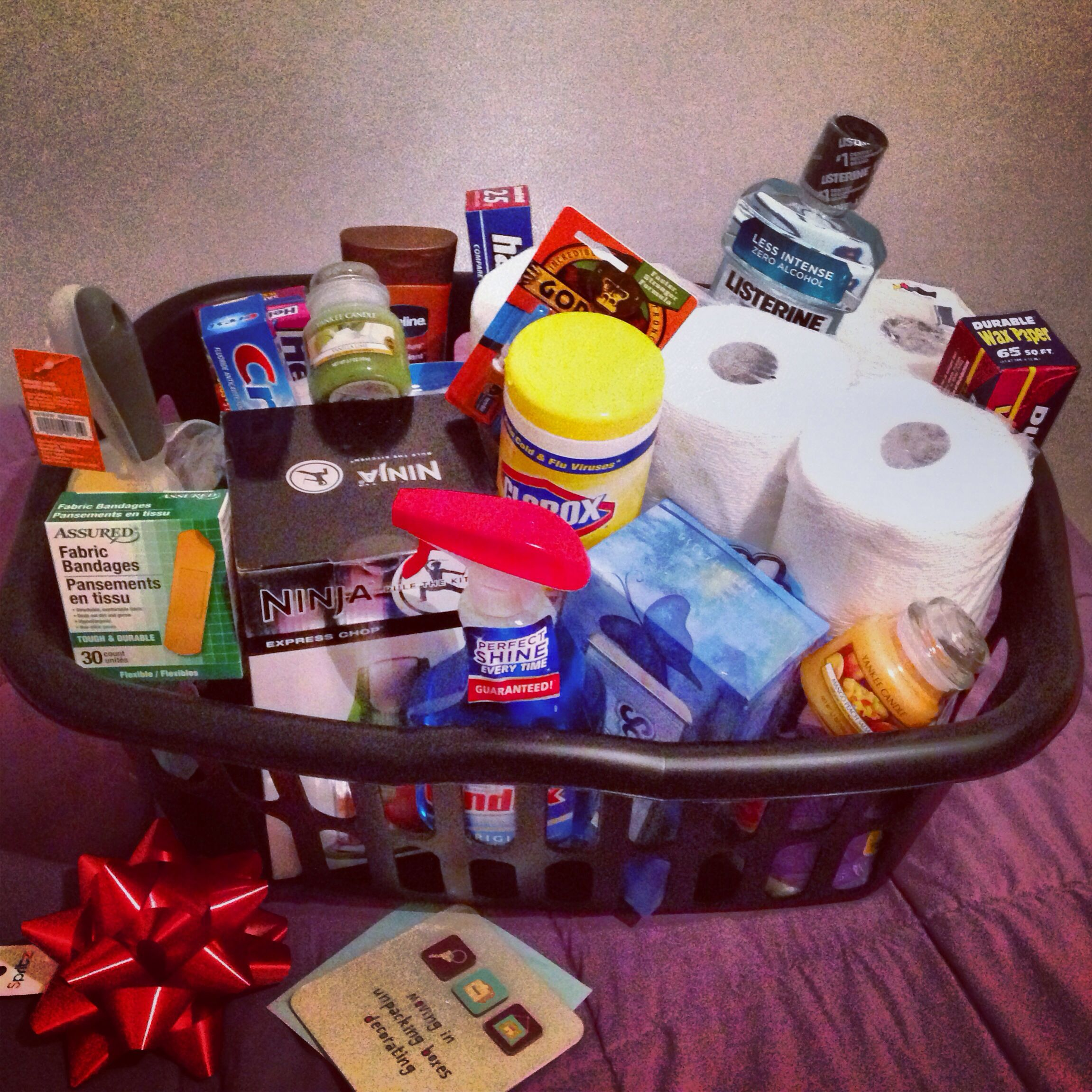 DIY Housewarming T Basket Include Household Necessities Like