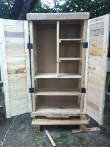 Love Armoire Austin' Pallet Furniture