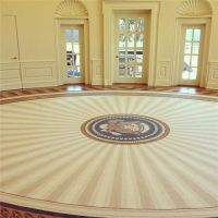 President George W Bush's Oval Office rug, with a tasteful ...