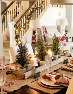 Christmas decor ideas for your dining room simple and beautiful last minute also rh in pinterest