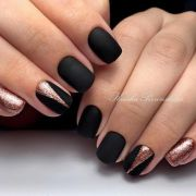 matte nails in trendy colors