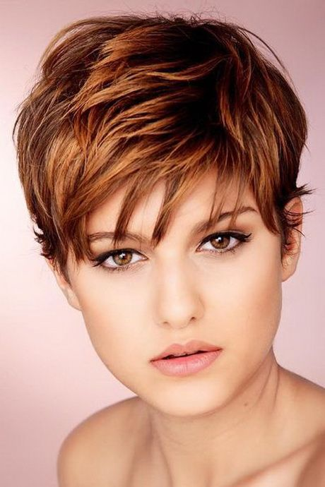 Frisuren Kurzhaar Frauen Haarfarbentrends Pinterest Pixies