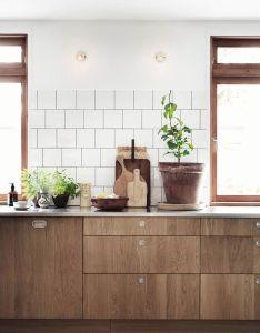 Next wave natural the new way to do wooden kitchen cabinets also preciosa cocina de muebles madera rural pinterest rh