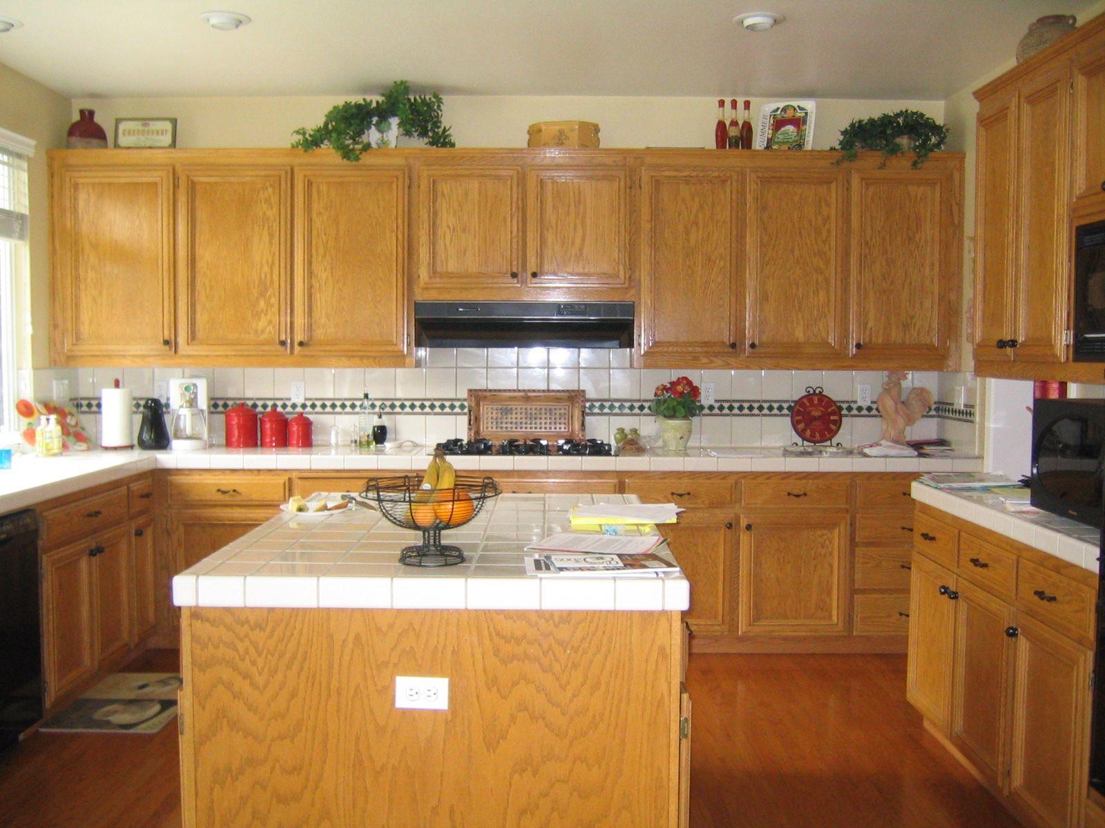 Popular Kitchen Themes   Wood Patterns View