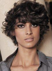 hispanic women short curly hairstyles
