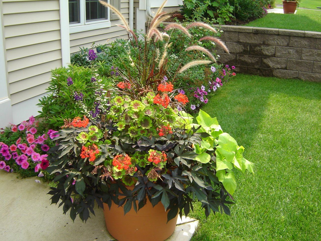 Garden Pot Ideas Images About Gardening Ideas On Pinterest