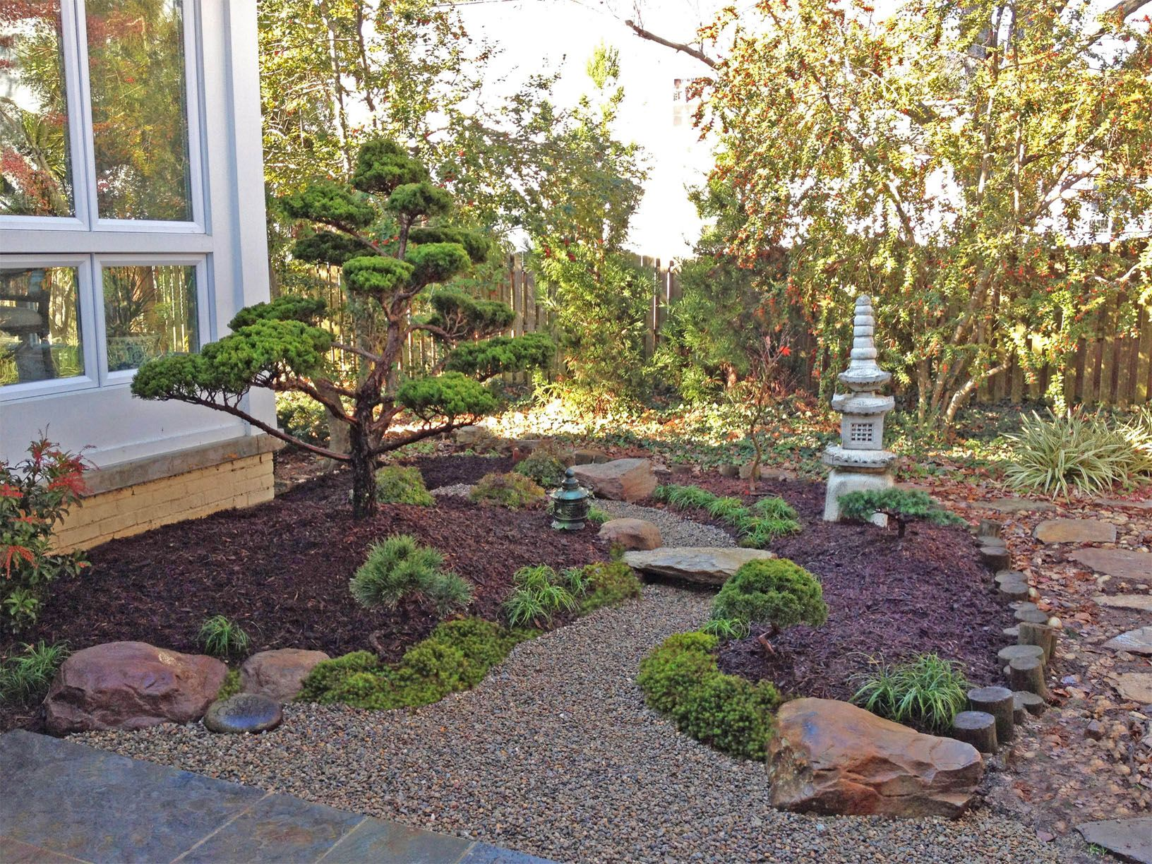 Japanese Garden. Backyard landscape design By Lee's
