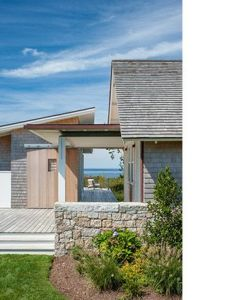 Estes twombly architects designed two homes on adjacent pieces of property block island both are distinct while sharing common genes also swede hill caerleon rh pinterest
