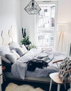 elegant cozy bedroom ideas with small spaces also hoe richt je een kleine slaapkamer in lees hier onze praktische rh pinterest