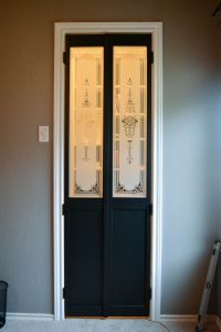 Best 25+ Small doors ideas on Pinterest | Old closet doors ...