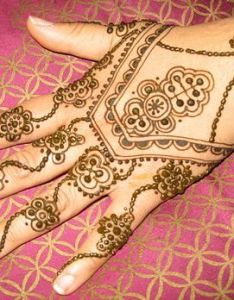Henna arthenna mehndihand hennahenna body also pin by sitara ahmed on beautiful crafts around the world pinterest rh