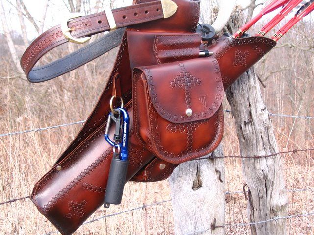 Custom Leather Arrow Quivers