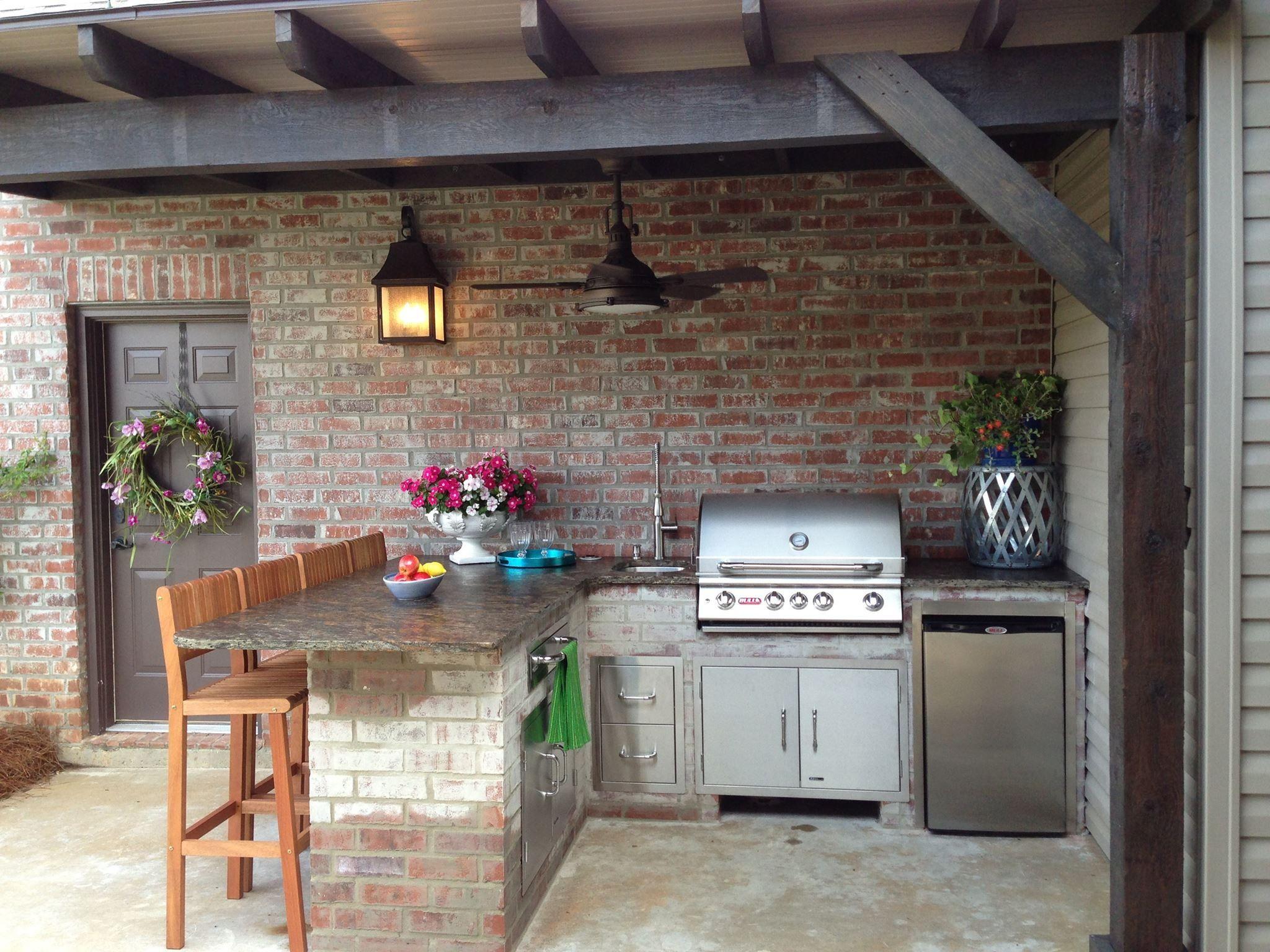 Outdoor Kitchen Patio on Pinterest  Outdoor Kitchen