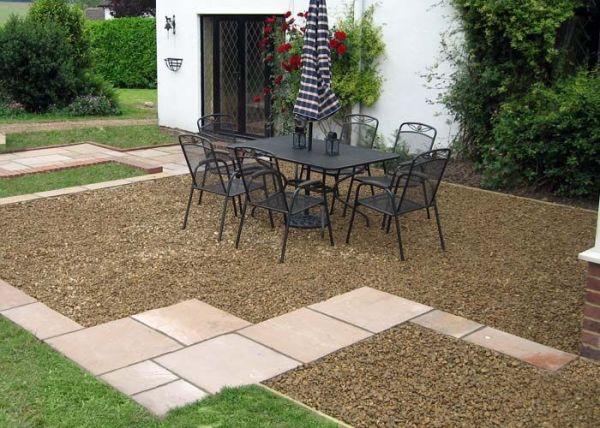 gravel patio - quick