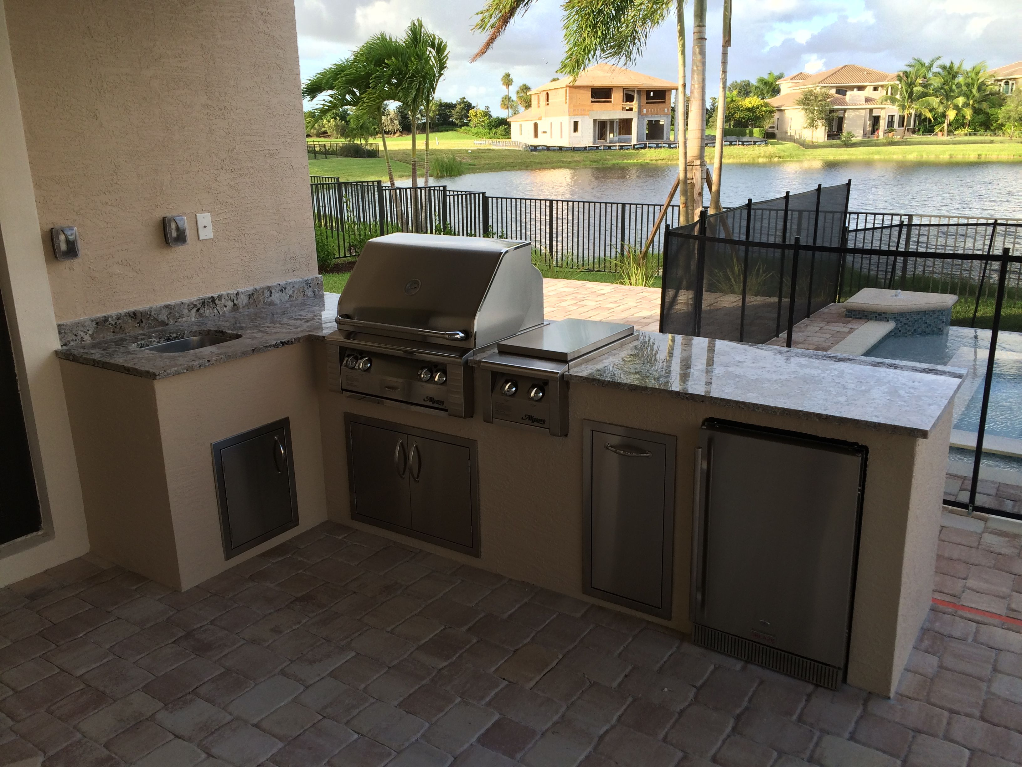 outdoor kitchen drawers island with stainless steel top l shaped alfresco 30 quot grill and