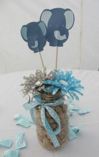 Jaylies Baby Shower centerpieces . Baby Shower Elephants