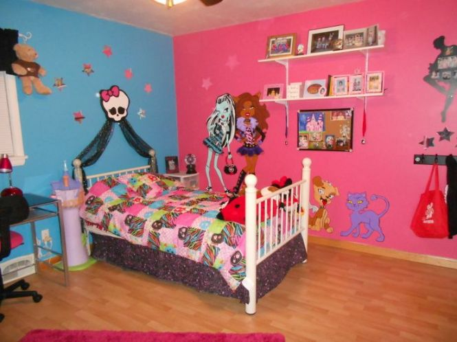 Monster High Room My 5 Yr Old Daughter Is Into This