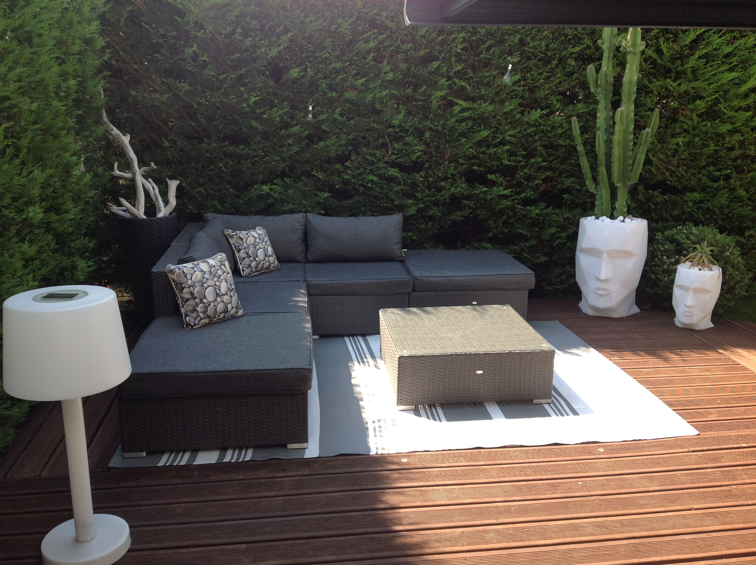 Salon De Jardin En Resine Table Ovale