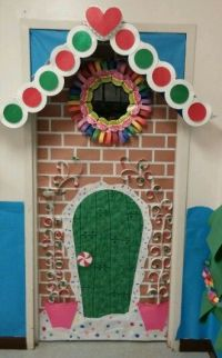 Gingerbread house door decoration Christmas