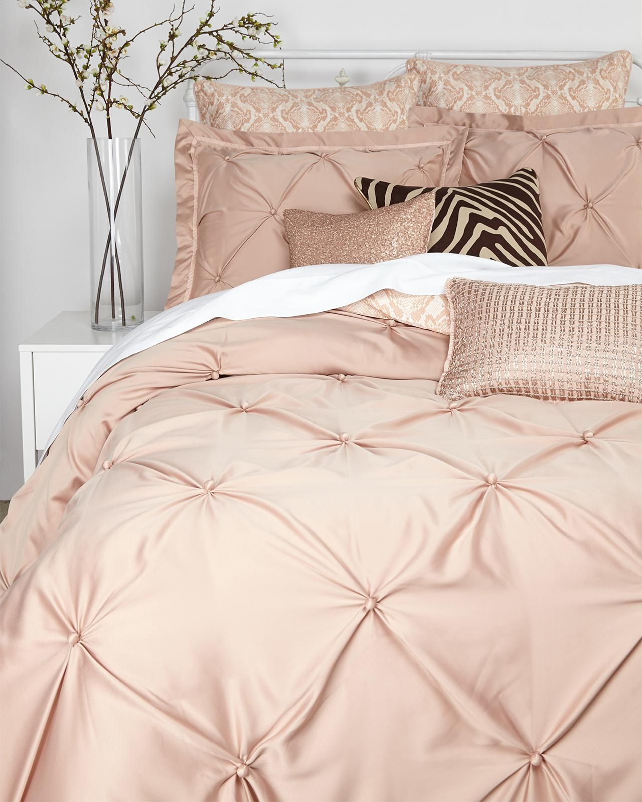 VINCE CAMUTO Rose Gold Queen Comforter Set  rose gold love  Pinterest  Queen comforter sets