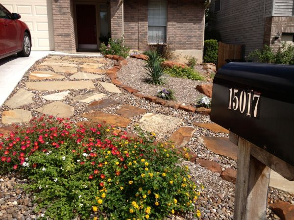 front yard xeriscaping raul