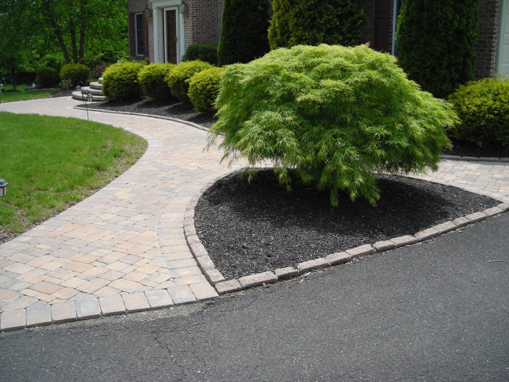 Sidewalk Ideas Beautifully Landscaped Formal Entrance Mulched