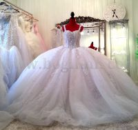 huge lace Wedding gowns | ... wedding dress with lace ...