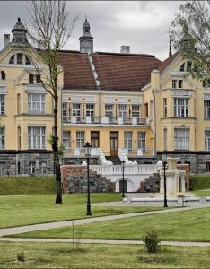 Siauliai lithuania oc cool houses pictures and dream home unique designs big medium size small house design ideas also  rh pinterest