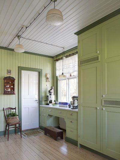 diy kitchen counters distressed wood table small, neat, beautiful kitchen...anna truelsen ...