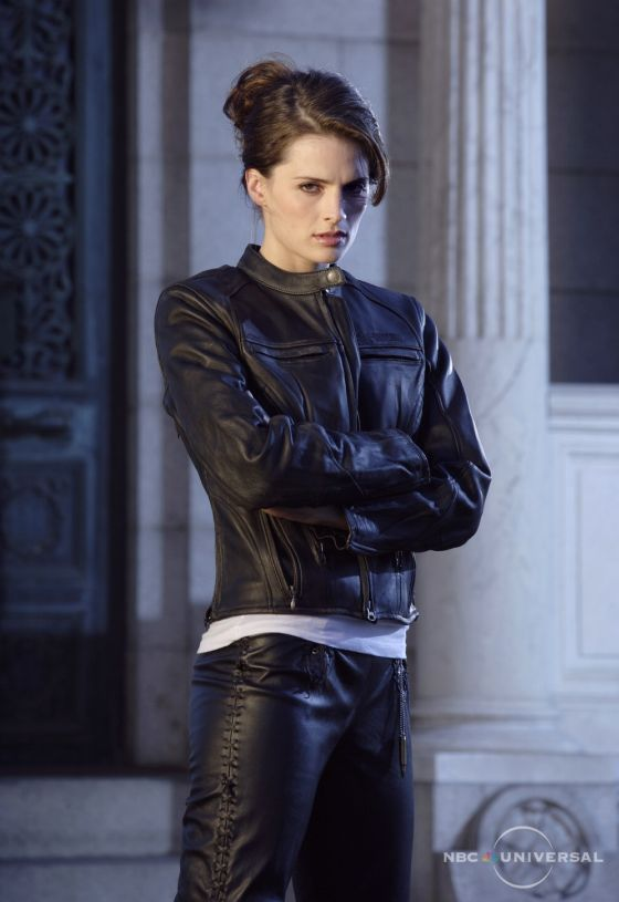 Stana Katic As Her Character In Heroes Women Who Rock