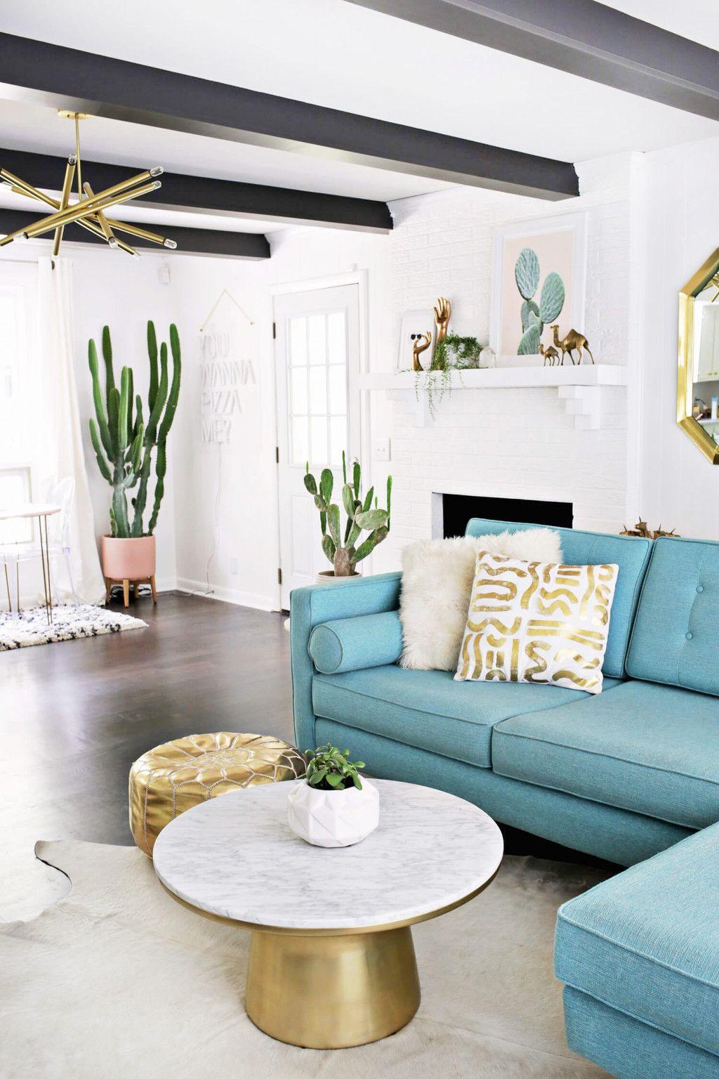 Salon Contemporain Canapé Bleu Table Basse Or Et Marbre Pot à