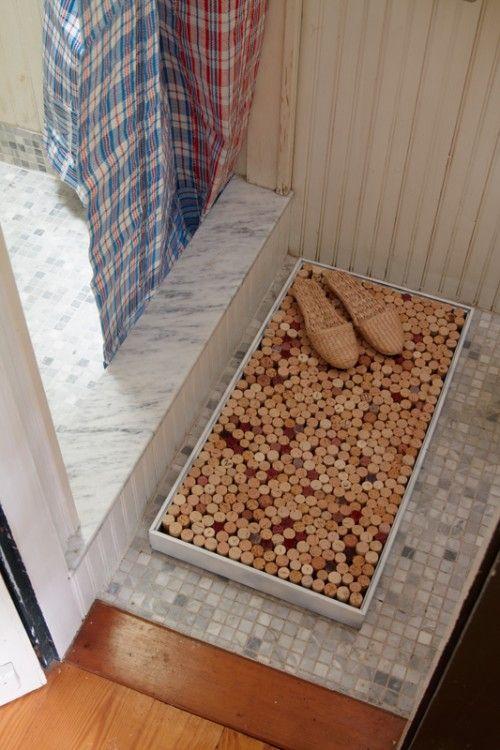 simple diy bathroom mat using wine corks | get crafty | pinterest