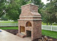Outdoor Fireplace & Wood-Fired Pizza Oven by BrickWood ...