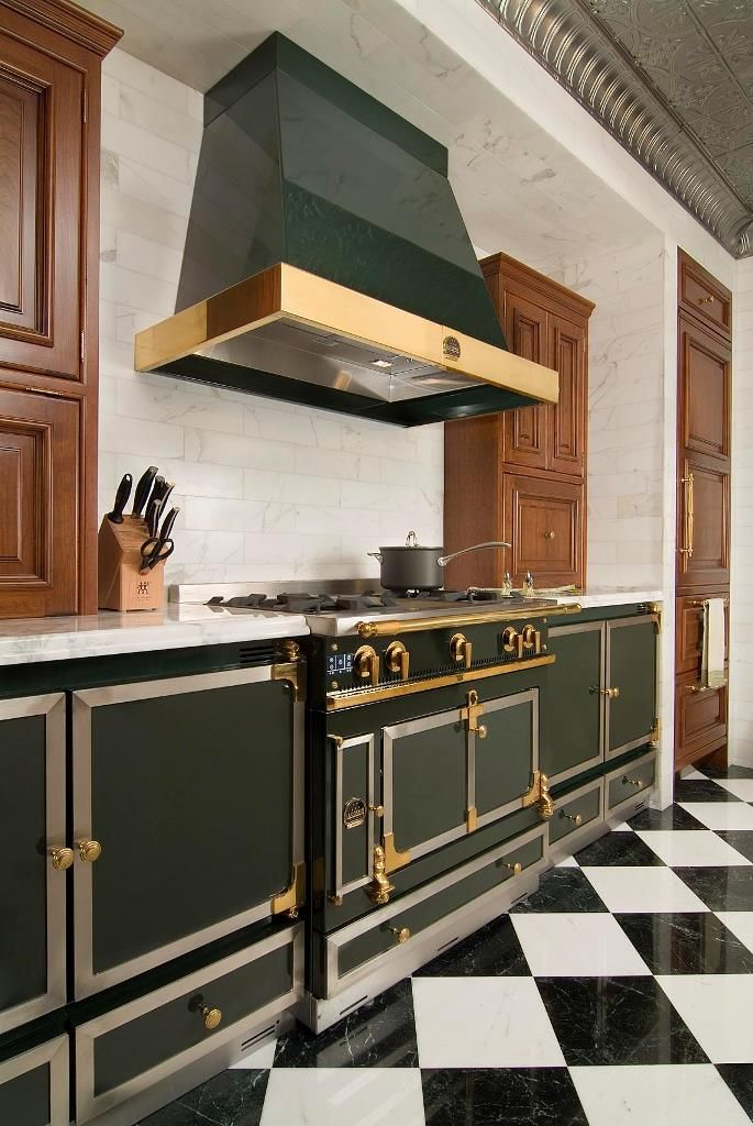Every La Cornue Chteau kitchen is madetomeasure and is available in all the colours and trims