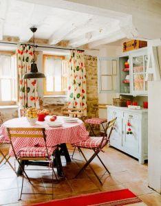 Home  garden une maison de campagne en espagne also kitchen dining shabby and kitchens rh za pinterest