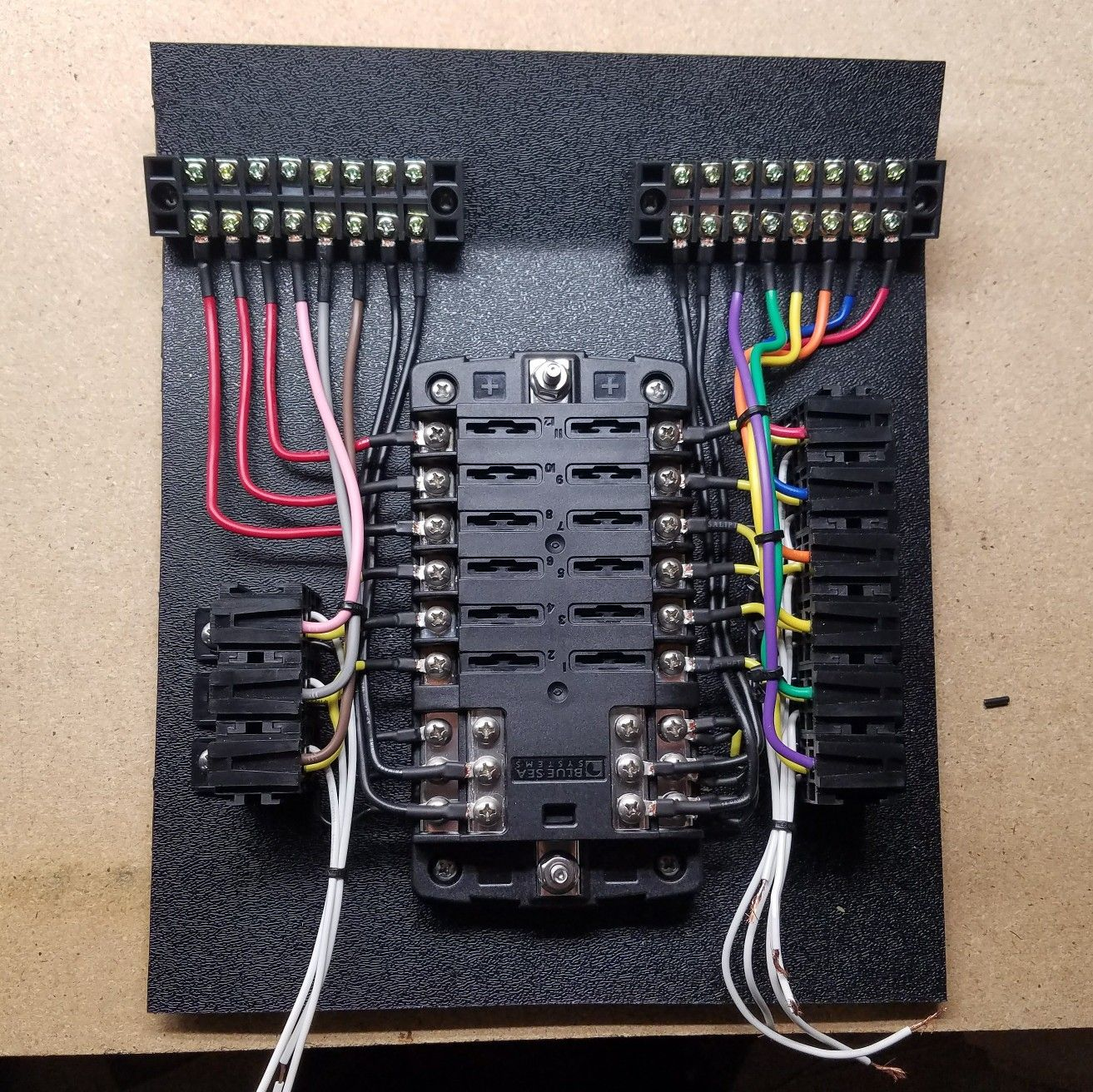 Fuse Box Wiring Car In Addition Boat Electrical Wiring Diagrams For