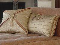 Designer Sofa Pillows Our 9 Favorite Throw Pillows Of 2017 ...