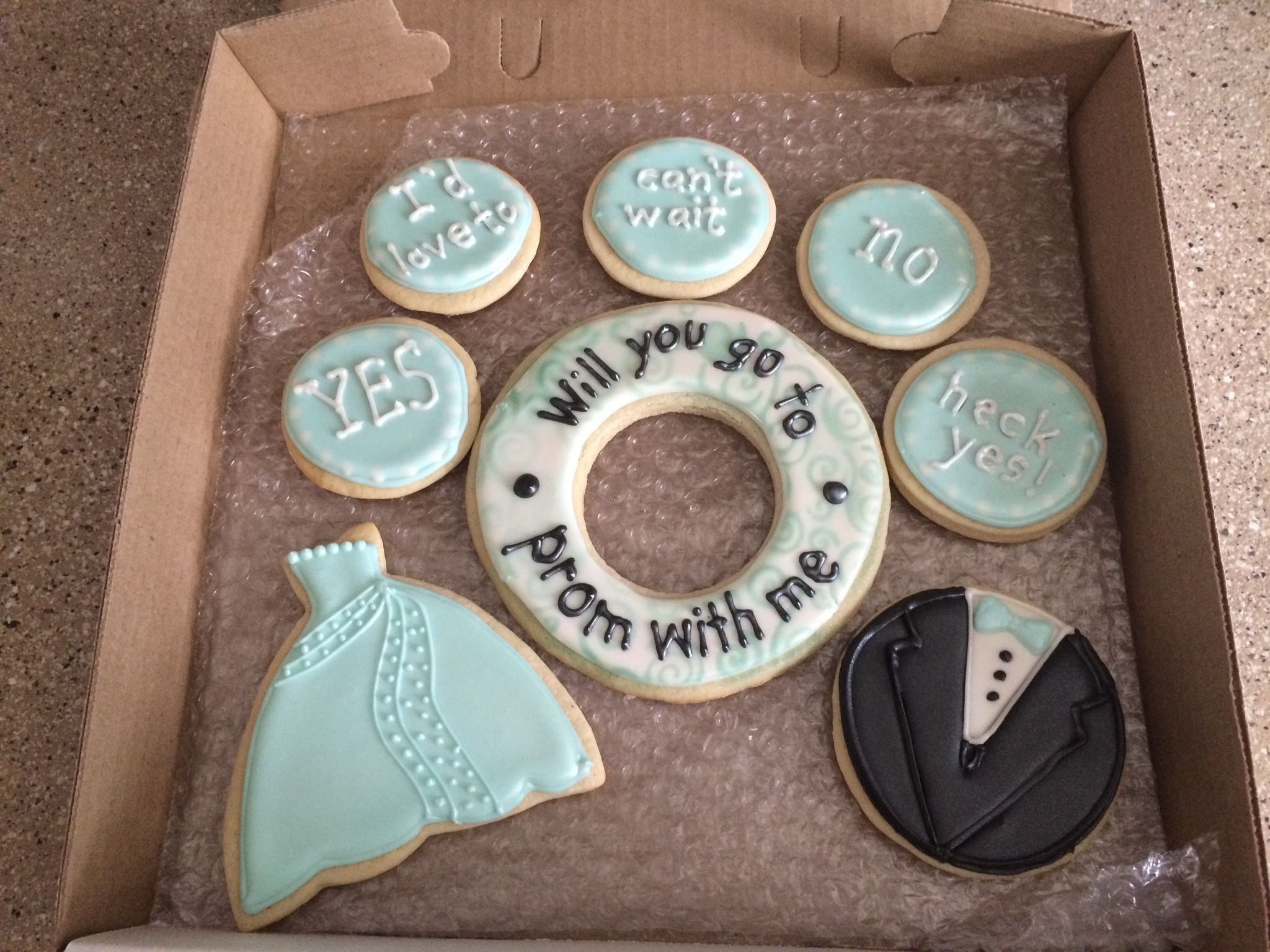 Prom cookie prom proposal  Cookie designs  Pinterest