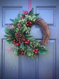 PInecone Wreaths, Winter Door Wreaths, Green Red, Winter ...