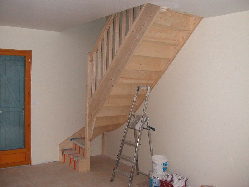 Small Staircase Storage Under Staircase For Small Spaces